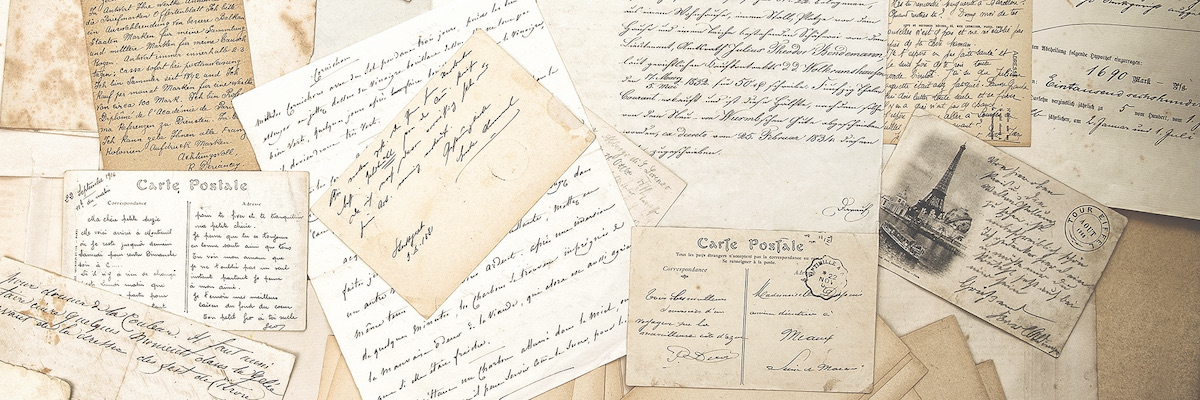 spec-histoire-livre-bandeau.jpg (old letters, handwritings and vintage...